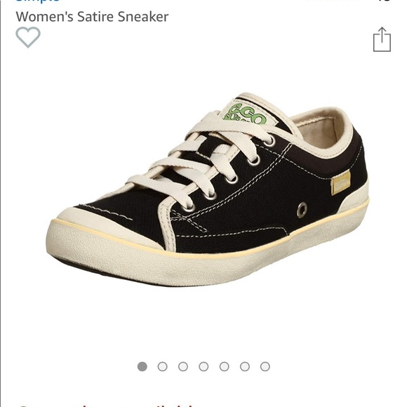 8a8447f4821 SIMPLE eco sneaks Satire Hemp Laced Sneakers 7.5. M 5c318887035cf11743b9947d